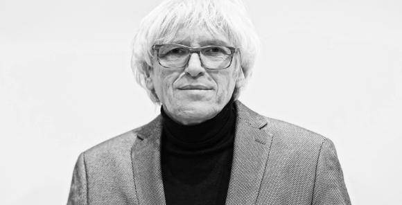 Na zdjęciu Jan Targowski. Fotografia autorstwa Joanny Miklaszewskiej
